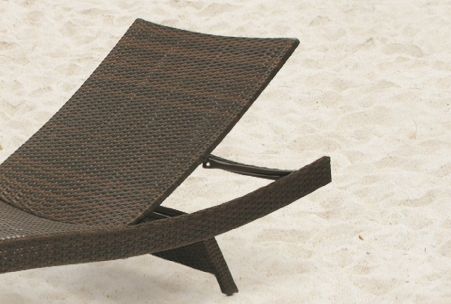 JHA-018, Pool lounger
