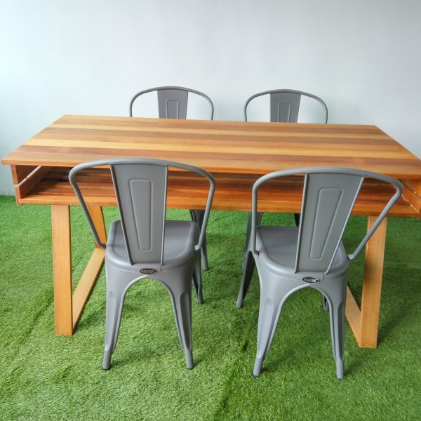 designer-table-balau-wood-kts-05