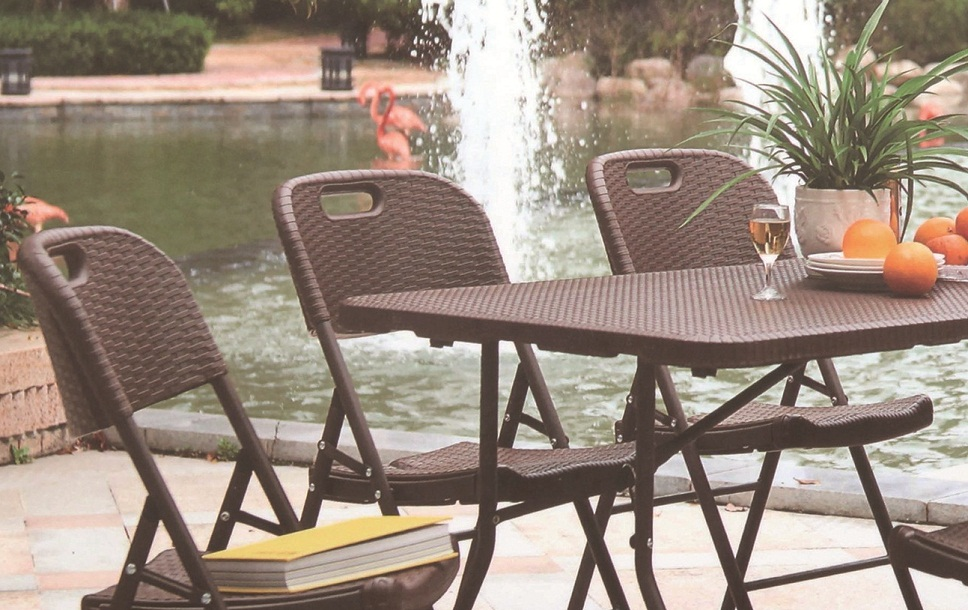 outdoor picnic dining set