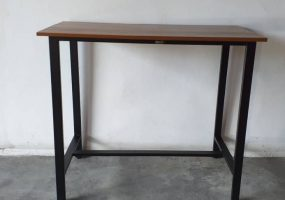 Custom Made Tables, RS-103