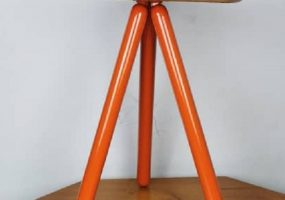 Kylies Triangular Stool, KTS-22S