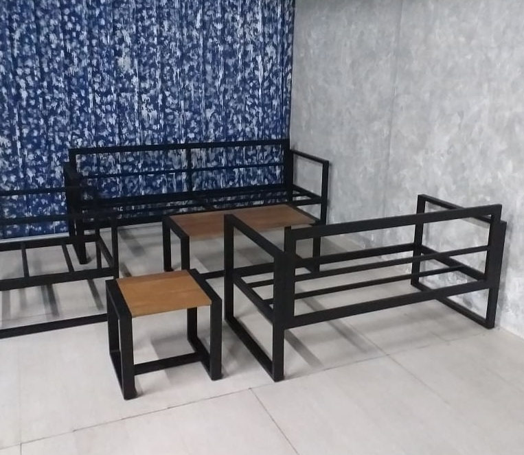 metal sofa manufacturer