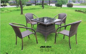 Casa Design Wicker Dining Set