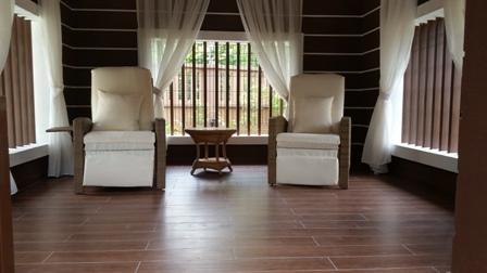 Recklining deck chair