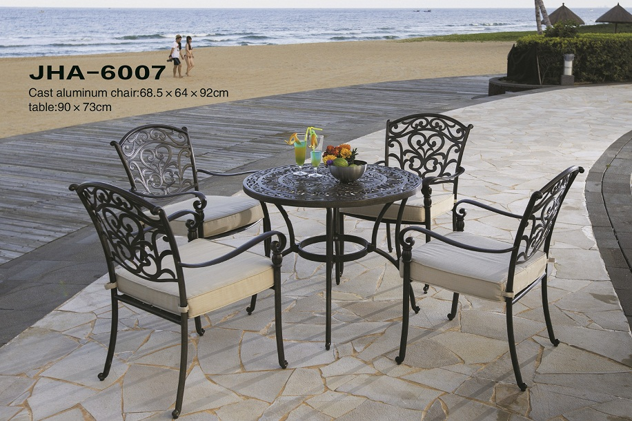Leisure Patio Cast Aluminum Dining Set
