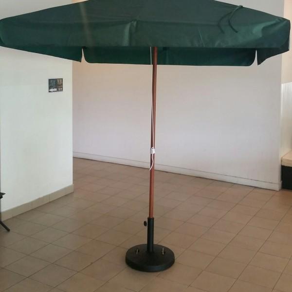 Central Pole Umbrella