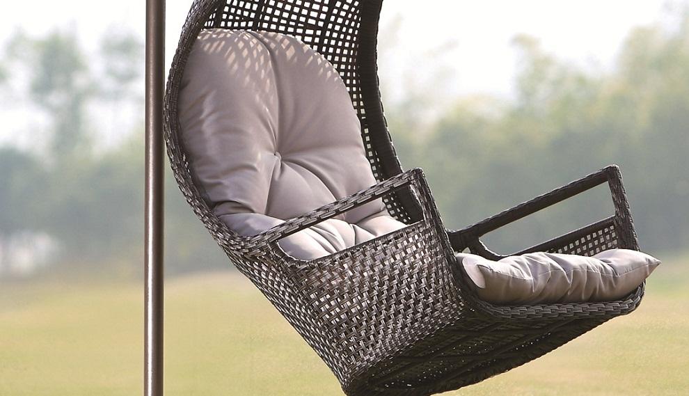 u shape swing