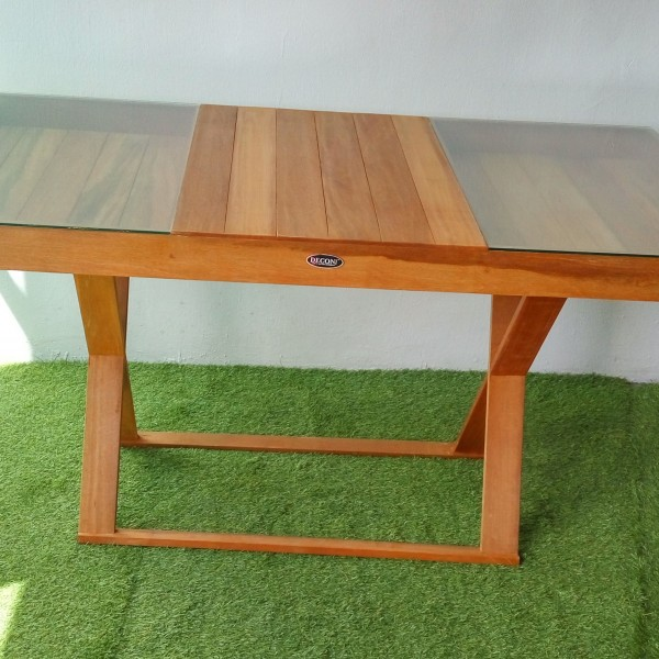 Balau wood restaurant table