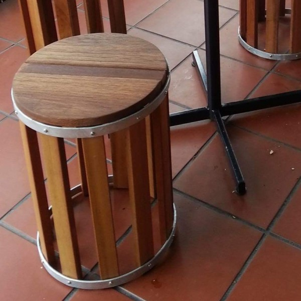 balau-cafe-stool-kts-09