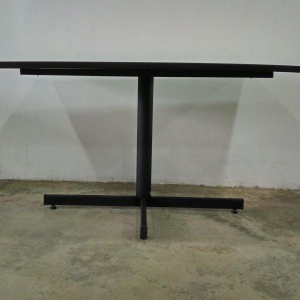 bistro-tables