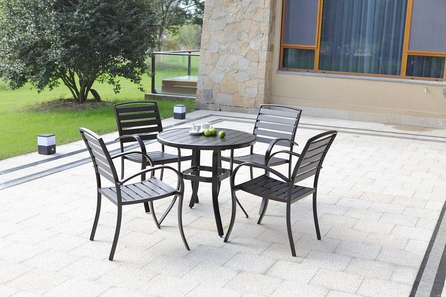 Polywood Round Dining set