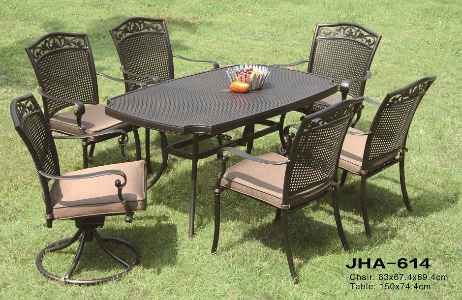 Cast Aluminum Outdoor Dining Set