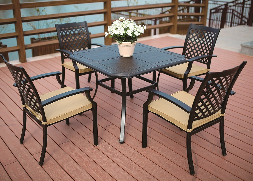 Cast Aluminum Square Dining Set