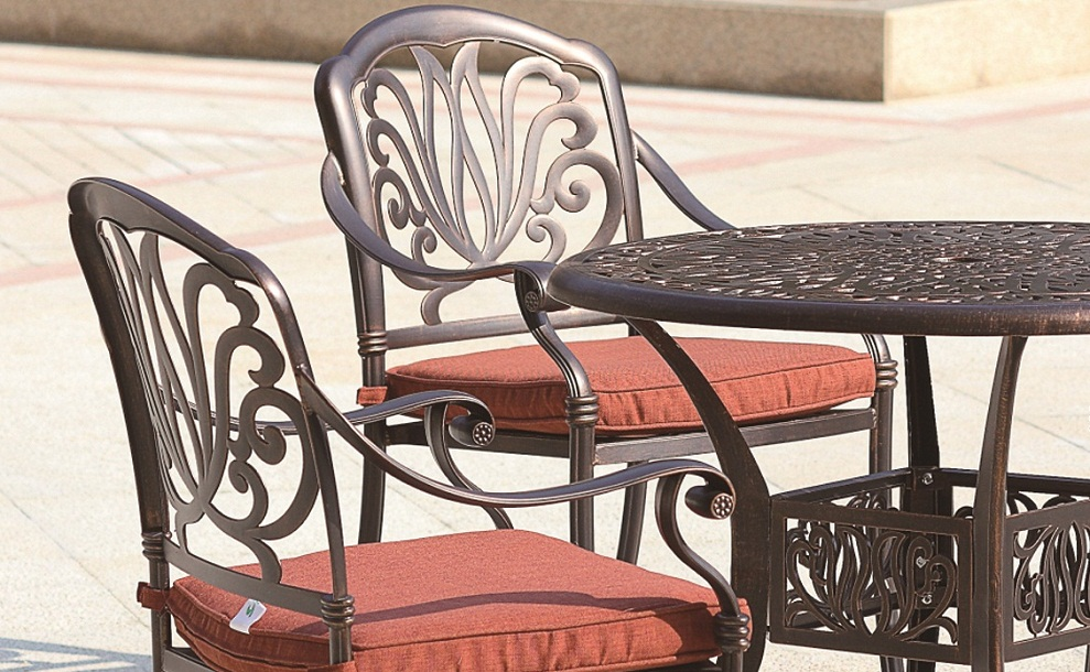 Dining Set Cast Aluminum