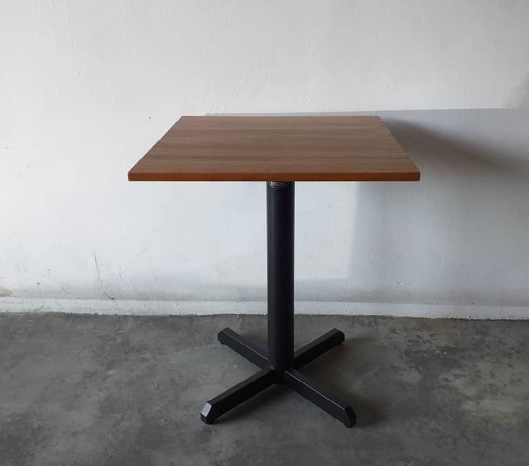 Bistro Table Supplier, decon furnture