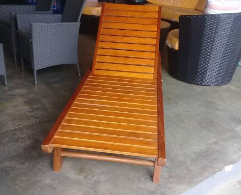 sun lounger wooden