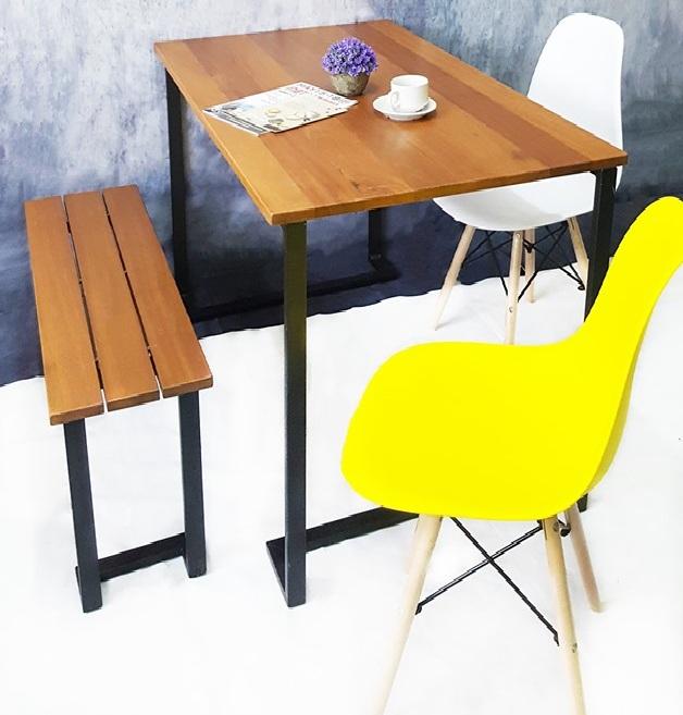 Balavan Dining Table