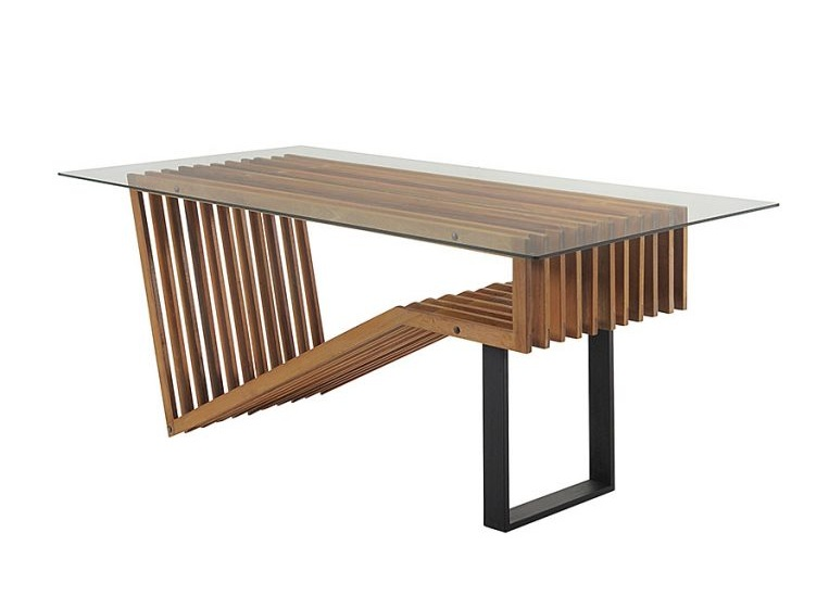 designer table with metal leg