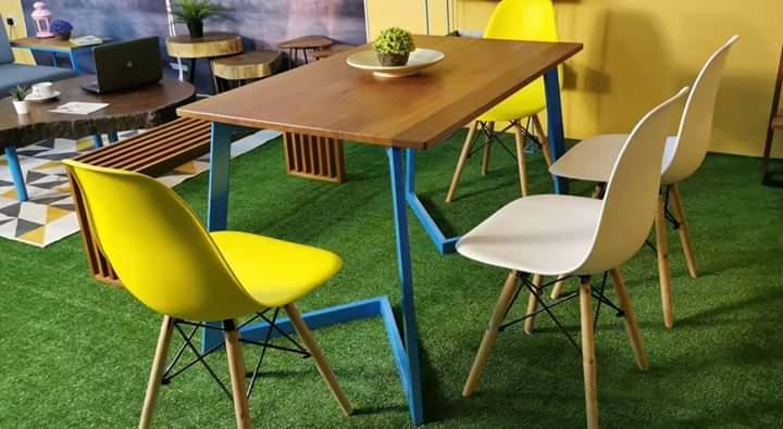Kylie Design table