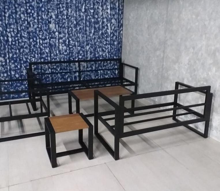 metal sofa manufacturer