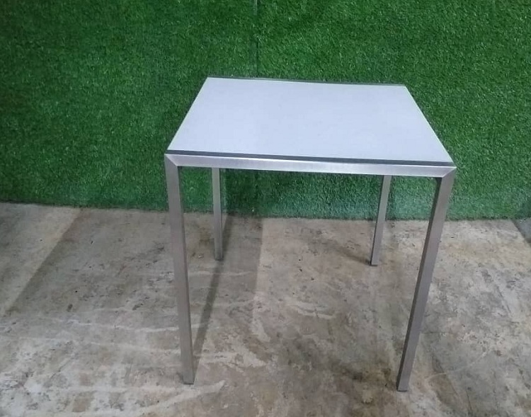 stainless stail table