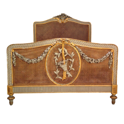 Beaus Natural Cane Classic French Bed