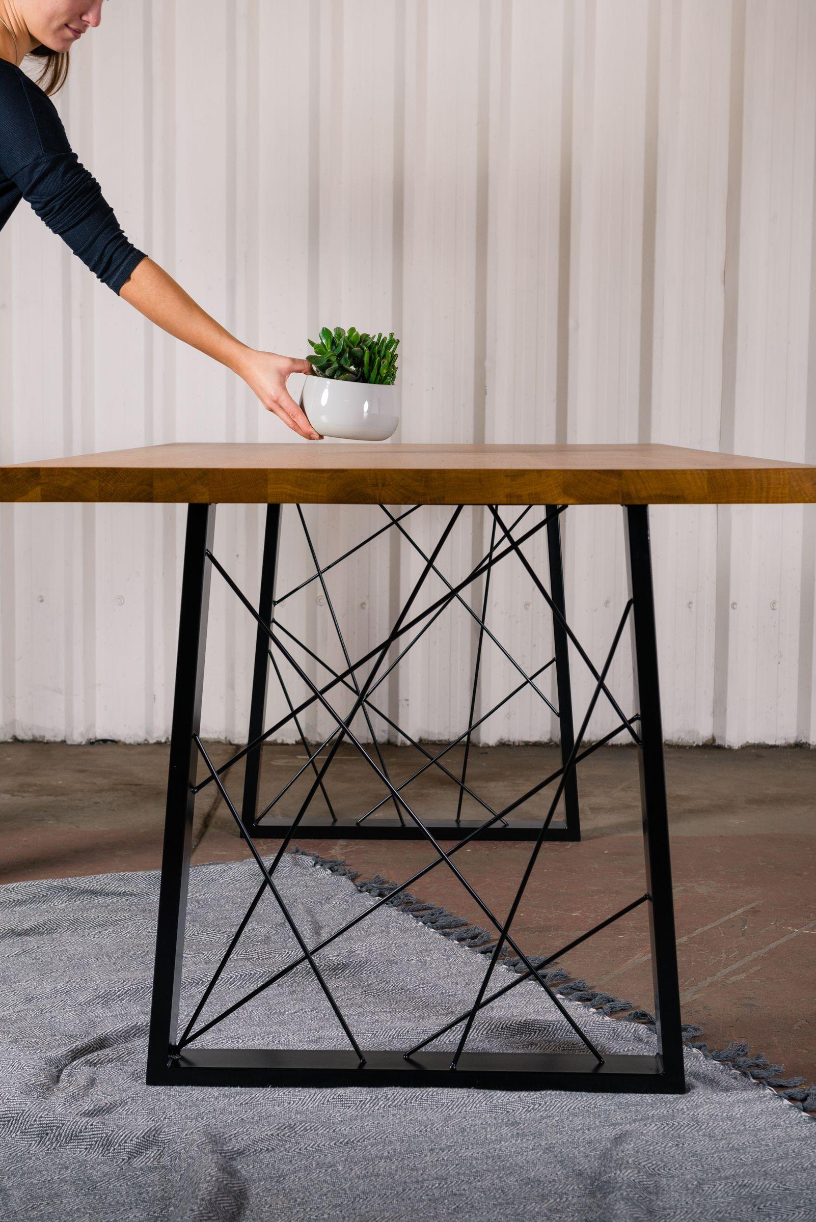 Jinyifan Metal Table Leg Trapezium, leg base